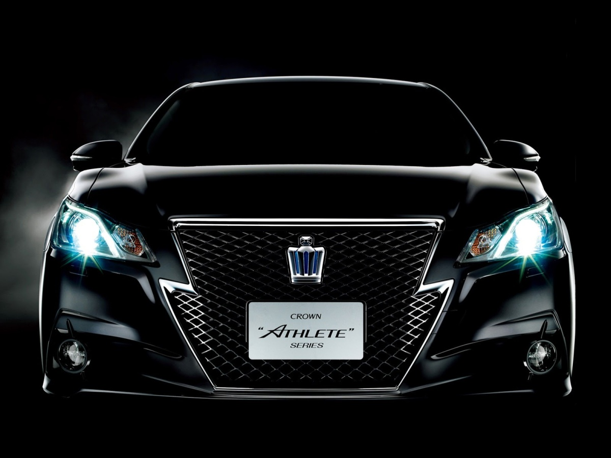 2013-Toyota-Crown-Athlete-9[6]